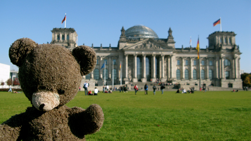 Bear in Berlin - taken with Canon G9