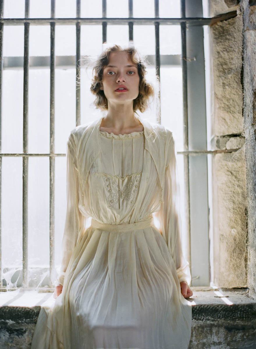 tanja lippert - ghostly prison bridal shoot