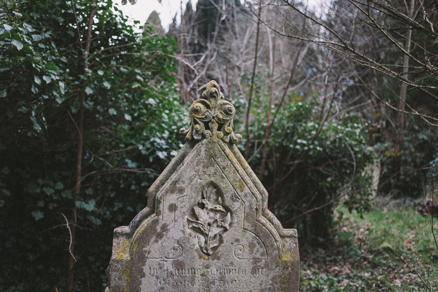 ornate gravestone
